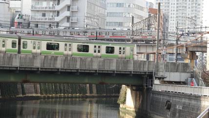 http://www.djq.jp/photo_liblary/meguro/Meguro038_01JRMegurogawa1159.jpg